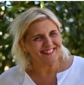 Caroline Dubesset Directrice et formatrice Titre professionnel de formateur (2009) Spécialiste en ingénierie de formation Formateur référent en formation de formateur Spécialisation en Sanitaire et Social